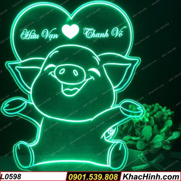 Đèn khắc hình con heo trái tim, quà tặng sinh nhật, quà cưới, đèn ngủ, đèn để bàn khachinh.com