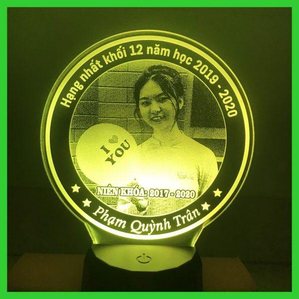 Khắc ảnh đèn theo yêu cầu, đèn led 3d, đèn khắc ảnh cá nhân khachinh.com