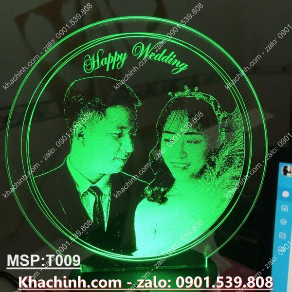 Đèn khắc ảnh theo yêu cầu, đèn khắc chân dung, quà tặng sinh nhật, quà cưới khachinh.com